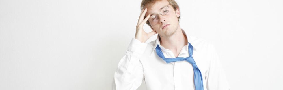 FOR SYK FOR JOBB? Her er tegnene som tyder på at du gjerne gjør best i å holde deg hjemme. Foto: Colourbox.com