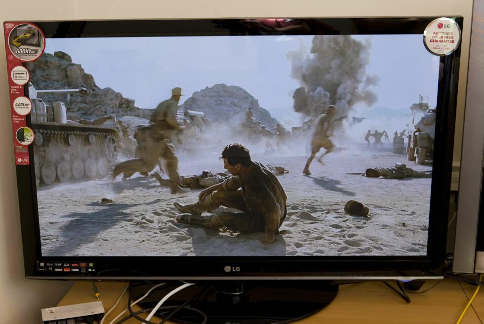 Blu-ray er denne TV-ens paradegren. Her fra de første minuttene av Valkyrie. Foto: Per Ervland