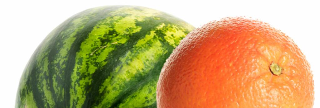 BAKTERIESKALL: Spesielt viktig er det å vaske frukt og grønnsaker som du skal skjære opp og servere i biter. Foto: Colourbox.com