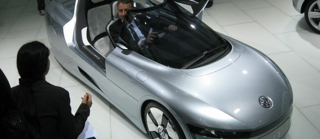Volkswagen L1 blir en sjelden bil med plass til to ... bak hverandre. Foto: Stian Gihle