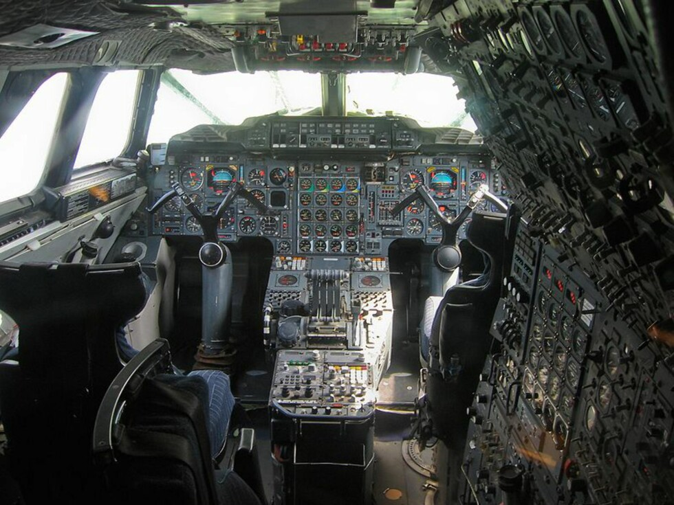 Slik så cockpiten i Concorden ut.  Foto: Sinsheim/Wikipedia