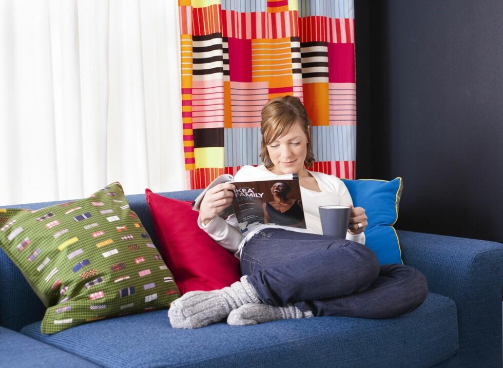 Som Ikea Family-medlem får du også inspirasjonsmagasinene fra varehuset gratis.  Foto: Ikea