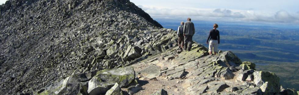 Hvilken fjelltopp befinner disse seg på? Foto: Wikipedia Commons