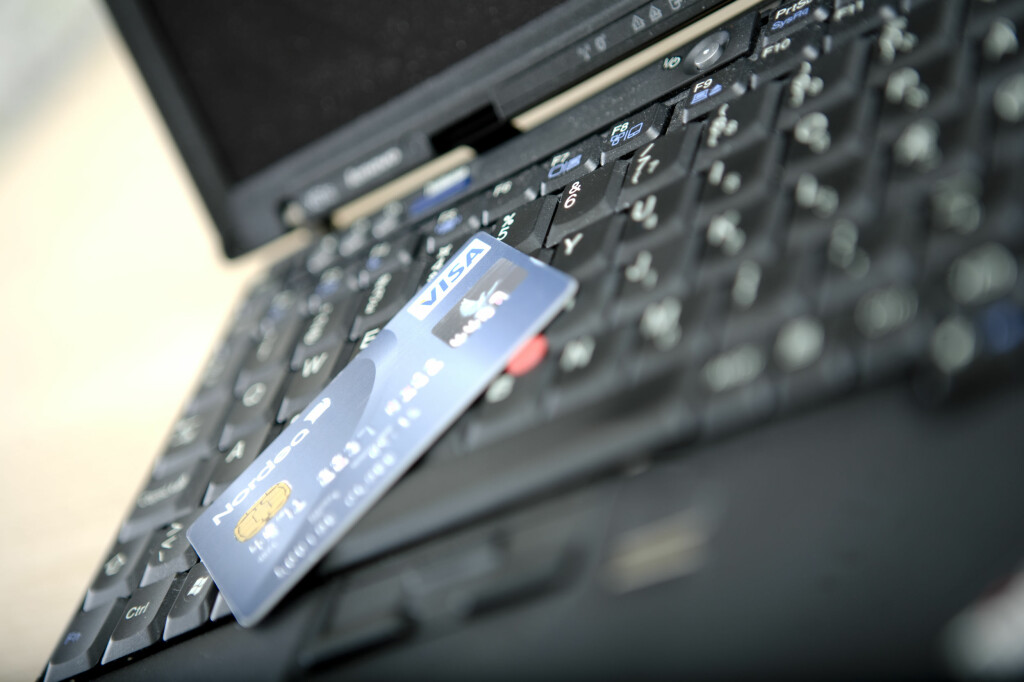 Vær på vakt - det er mange som har lyst på kredittkortdetaljene dine. Foto: Colourbox.com