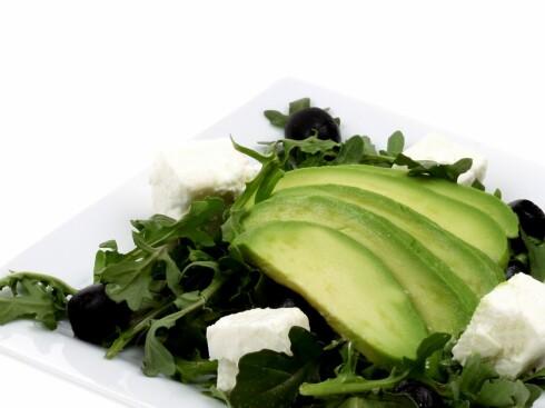 Avokado er nydelig i salater - og kombinasjonen styrker synet ditt.