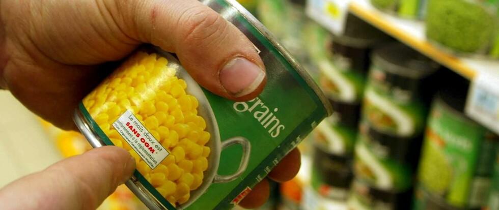 Det er litt av en jobb å forsøke å holde oversikt over hva som finnes av tilsetningsstoffer i matvarene du kjøper. Foto: colourbox.com