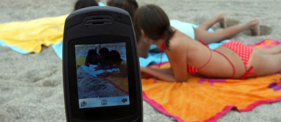 Å ringe fra utlandet i sommer kan fortsatt bli en kostbar erfaring. Foto: Colourbox.com