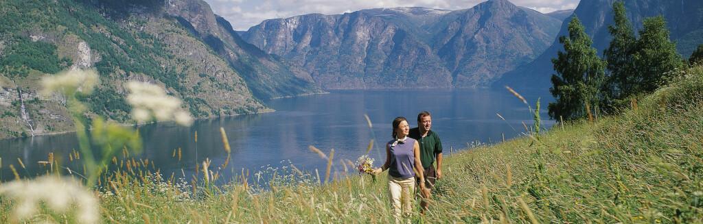 Flotte ferieopplevelser venter deg i Norge. Her fra Aurlandsfjorden. Foto: Pål Bugge/Innovasjon Norge