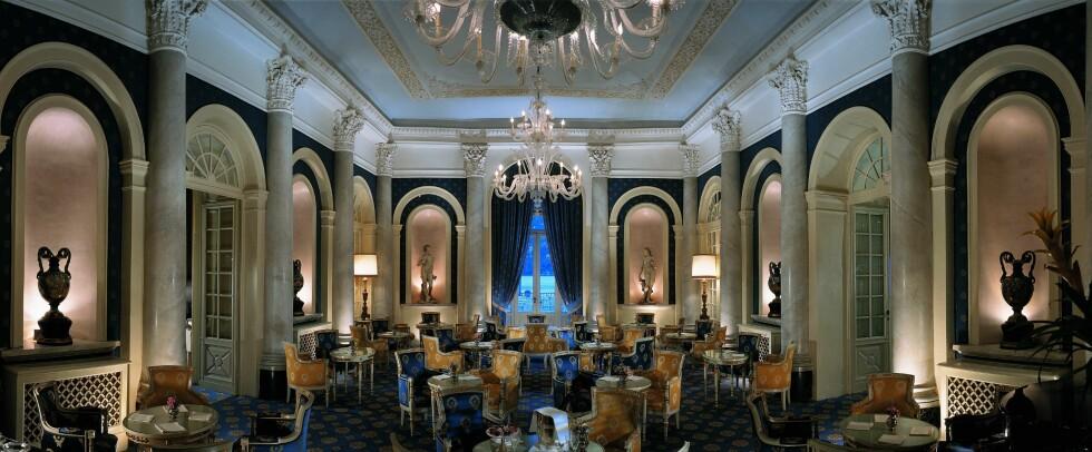 Canova bar, der fiffen som bor på hotellet møtes over et glass konjakk eller årgangvin. Foto: Villa d'Este