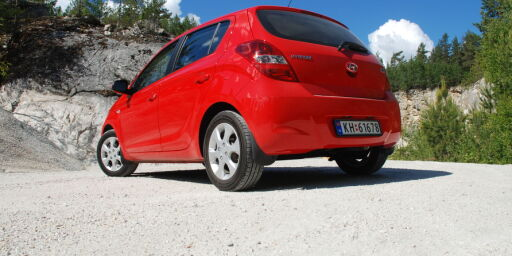 image: TEST: Enkel og billig småbil