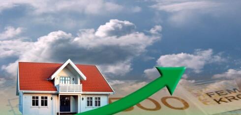 Stiger igjen? Boligprisene steg i april, og lav rente kan gi ny fart, selv om sentralbanksjefen advarer. Foto: Per Ervland