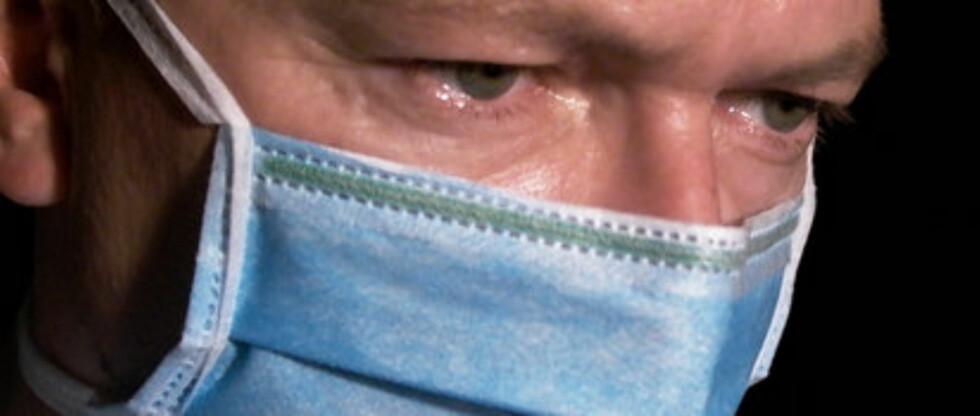 Enkelte leger i USA går så langt som å si at maskene kan være direkte farlige. De gir falsk trygghet. Foto: Adam Ciesielski