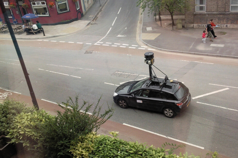 """""""Google Street View Car in Bristol"""" - Creative Commons Foto: Byrion@Flickr"""