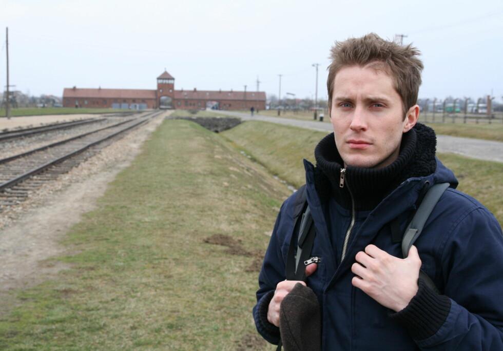 Kjetil Senum synes det var en sterek opplevelse å se Auschwitz, men han ville ikke vært turen foruten. Foto: Sindre Storvoll