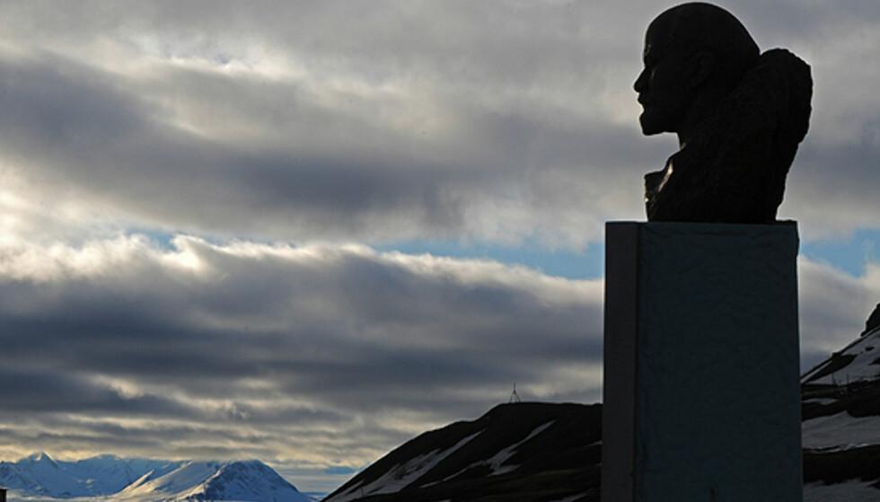 Fra Barentsburg - den siste russiske utpost... Foto: Hans Kristian Krogh-Hanssen