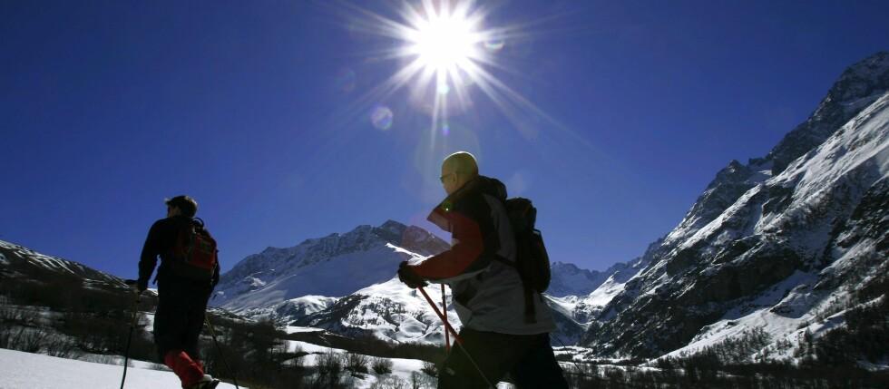 Hvor mye kan sola egentlig skade deg? Her får du oversikten over UV-indeksen over forskjellige områder.  Foto: Colourbox.com