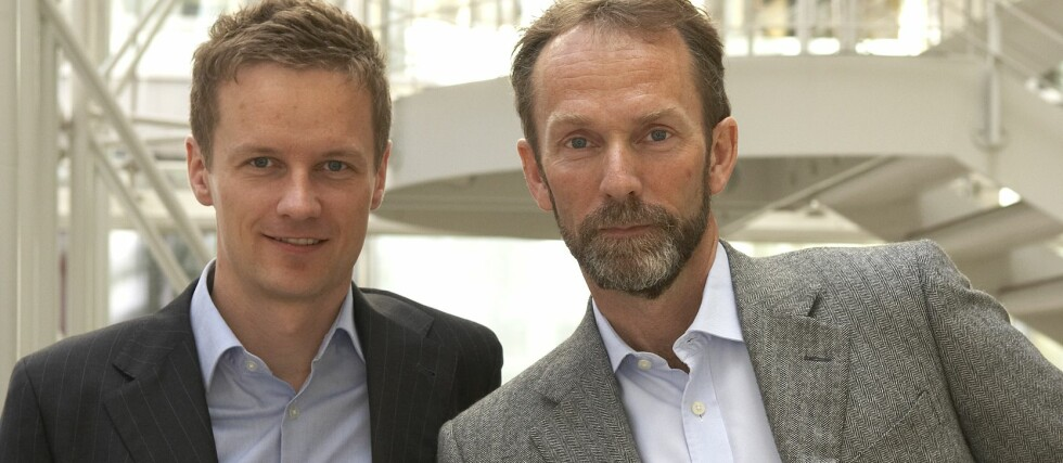 Makroøkonomene Bjørn Roger Wilhelmsen og Harald Magnus Andreassen i Firs Securities tror Norges Bank vil roe ned rentekuttene nå.
