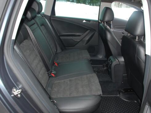 DUELL: Nye Toyota Avensis mot VW Passat