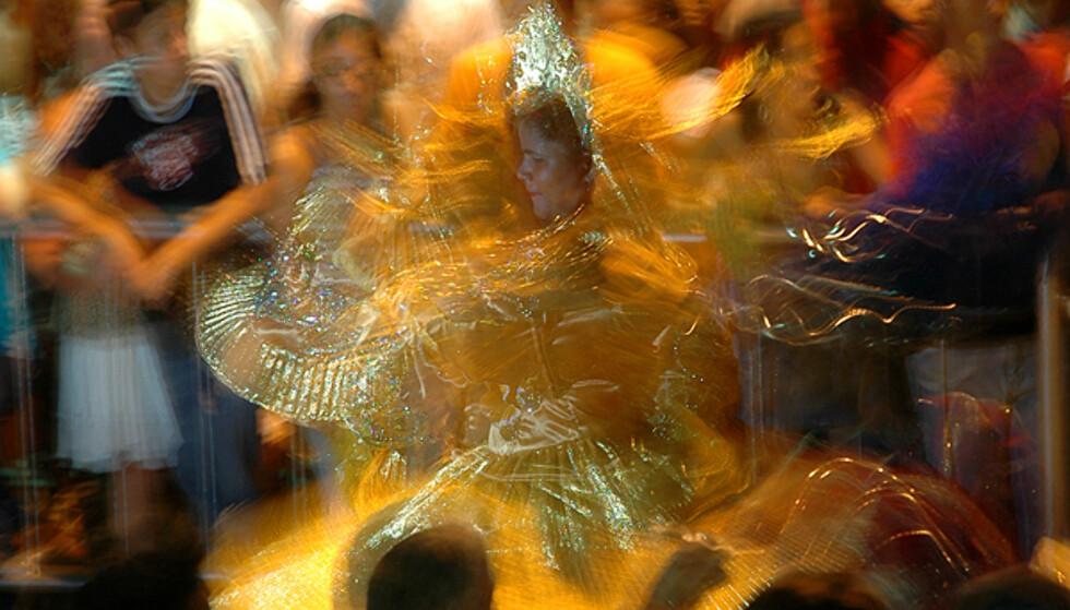 Elektrisk stemning på karneval... Foto: Hans Kristian Krogh-Hanssen