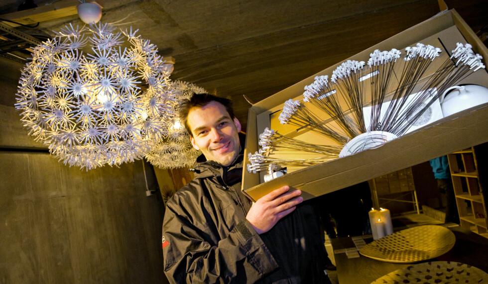 Denne løvetannslampa ble en publikumsmagnet på dagens messe.  Foto: Per Ervland
