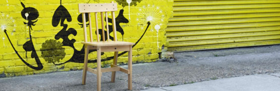 - STOL... Med et par strøk beis eller maling gjør denne stolen seg godt, men hvorfor alle disse skruene over alt? (Sitat: Halvor Bakke, interiørekspert)