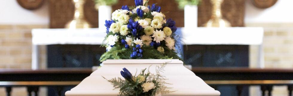 Blå, røde eller kun hvite? Fargetema på blomster er noe av det du kan planlegge på forhånd. Foto: Colourbox
