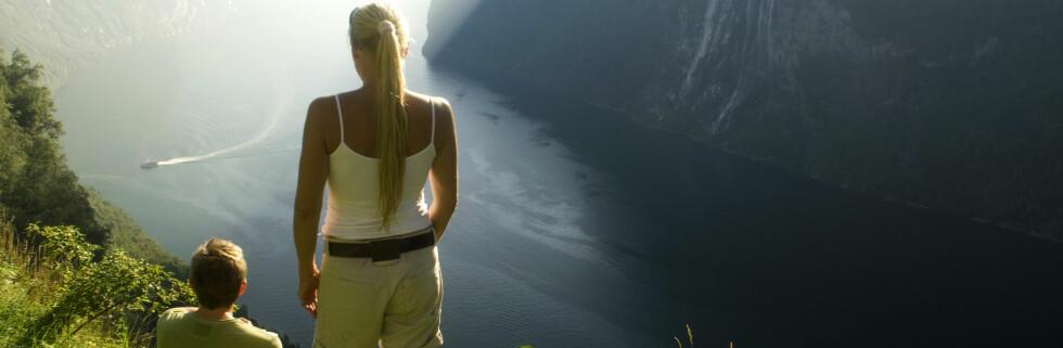 Vi er vel ikke ubeskjedne når vi sier at fjordene våre er naturattraksjoner i verdensklasse? Her fra Geiranger. Foto: C.H./Innovasjon Norge