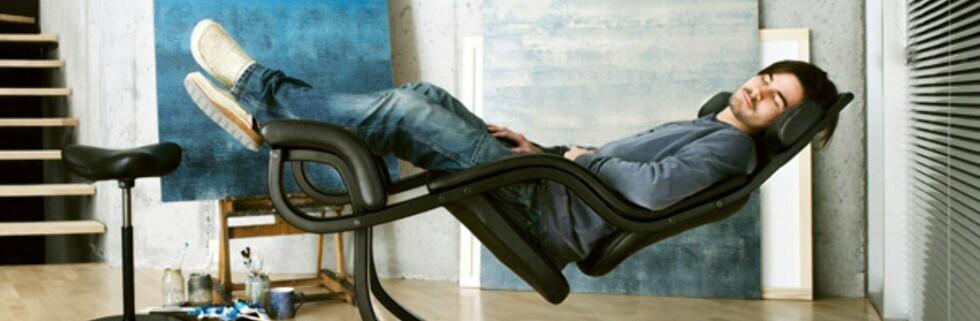 Gravity balans er, ifølge produsent Varier, den eneste hvilestolen som også lar deg sitte aktivt. Foto: Varier