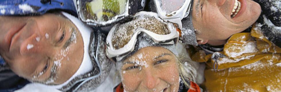 Når puddersnøen er tilgjengelig, er det moro å ta med seg venner og kjente med på skitur.  Foto: Terje Rakke/Fjord Tours