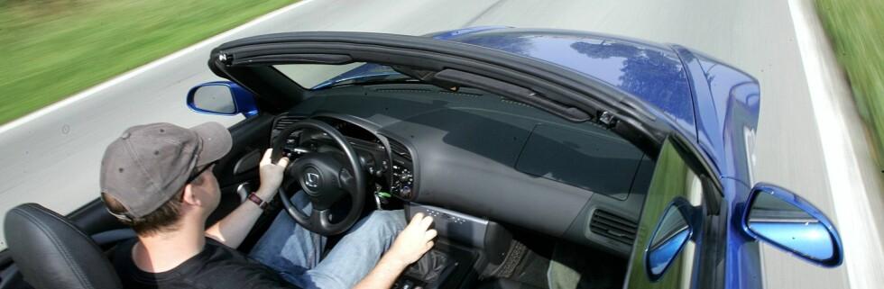 Menn med fine biler og et ellers høyt forbruk har flere sexpartnere enn de med som er mer sparsommelige.  Foto: Colourbox