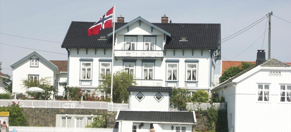 Eneboliger som ligger utenfor de største byene vil være vinnerne når boligprisene snur.  Foto: Colourbox.com