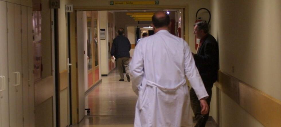 Nær fire prosent av alle leger skal ha en forstyrrende atferd overfor sine kollegaer, viser ny undersøkelse.  Foto: colourbox.com