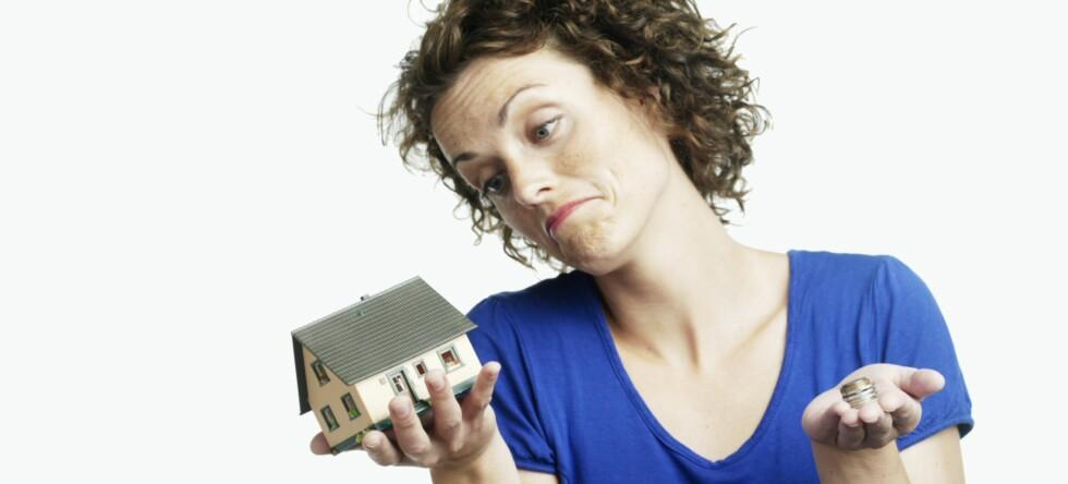 Lyst på drømmehuset, men ikke råd dersom du ikke får solgt din nåværende bolig asap? Foto: Colourbox.com