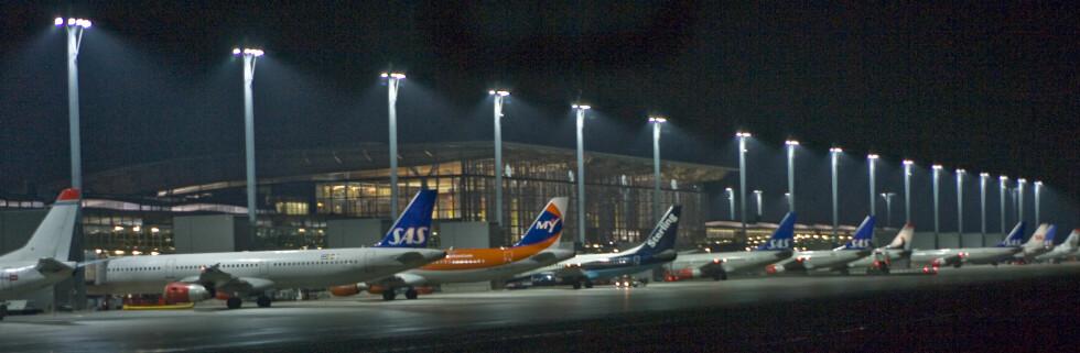 På kort sikt kan vi vente oss dyrere billetter. Flyselskapene har rett og slett ikke råd til en priskrig. Foto: Colourbox