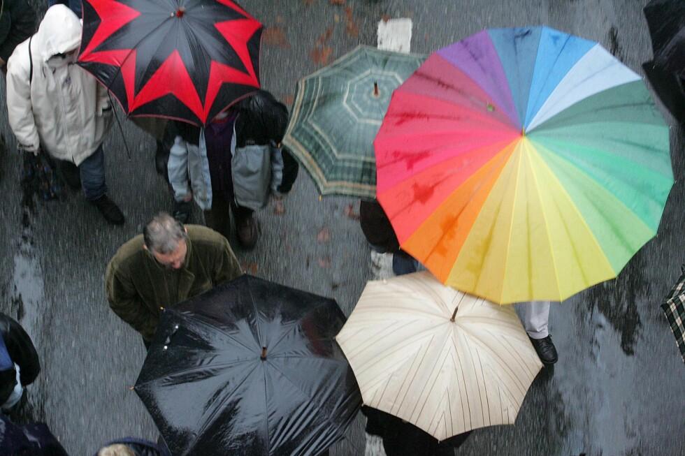 Det er ikke bare regnet som faller i Bergen... Foto: Colourbox.com