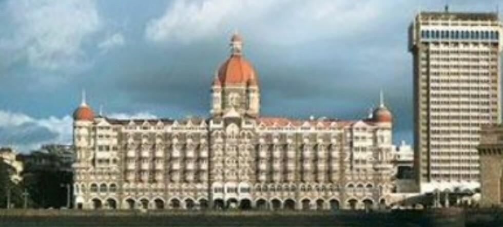 Luksushotellet Taj Mahal Palace i Mumbai var et av målene som ble stormet av terrorister. Minst 172 mennesker har blitt drept. (Foto: Taj Mahal Palace)