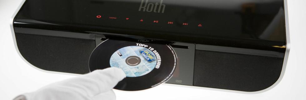 Vi setter på vår favoritt-CD. Neida, ikke helt... Foto: Per Ervland
