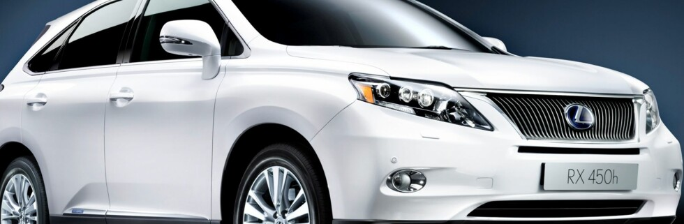 Lexus med ny hybridbil