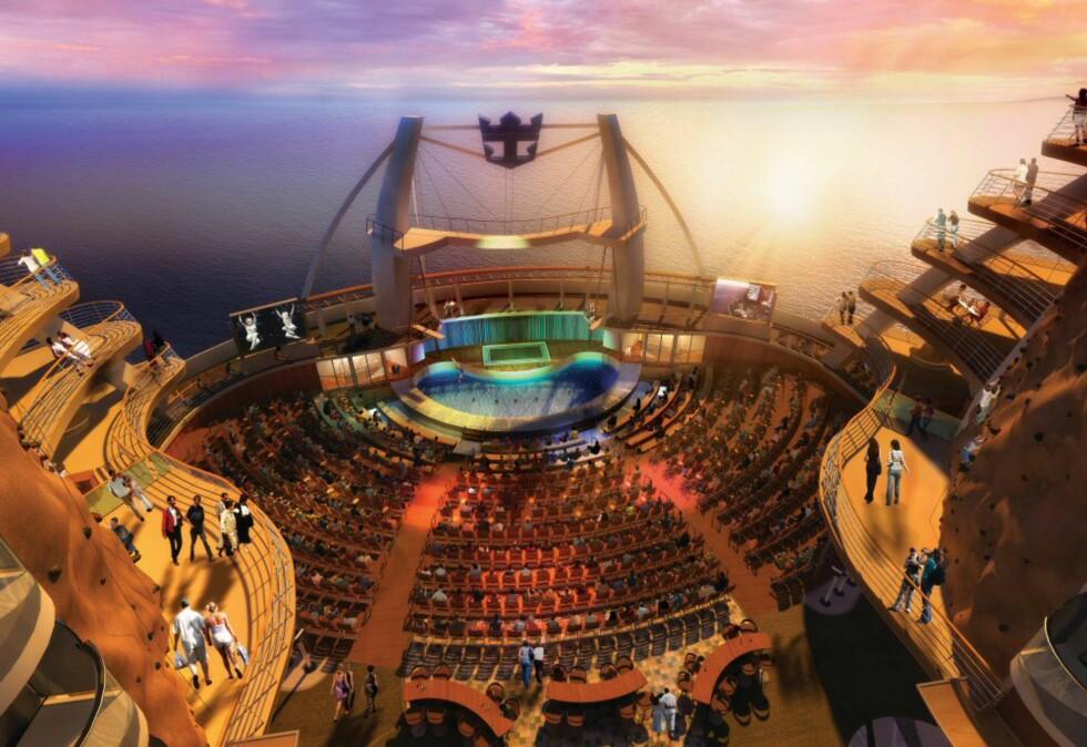 Her vil spektakulære show underholde gjestene under åpen himmel. Foto: RCCL