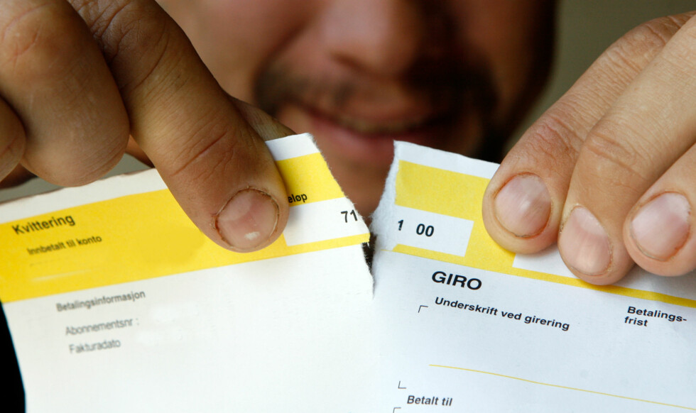 De fleste regninger og bøter må betales. Men borettslaget kan ikke bøtelegge deg for å ikke møte opp på dugnad.  Foto: Per Ervland