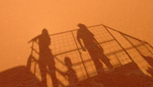 Tørken i Australia har de siste årene forverret situasjonen i Simpson-ørkenen. Turister, og spesielt tyskere, tar for store kjangser og området må nå stenges.  Foto: sxc.hu