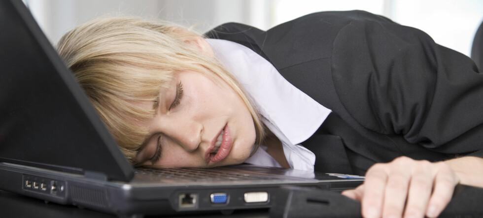 Det kan være lurt å ta grep før du ender med å segne over tastaturet... Foto: colourbox.com