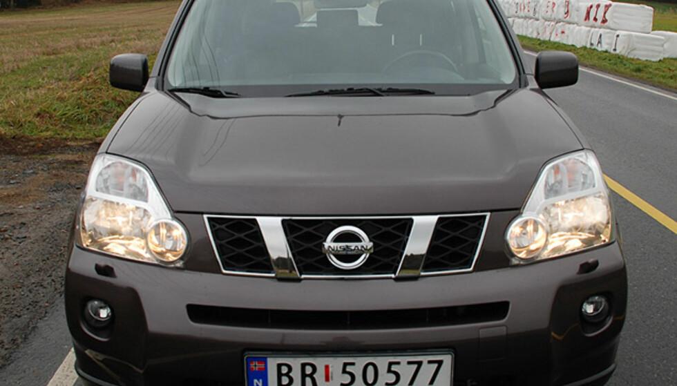 Store bilder av Nissan X-trail