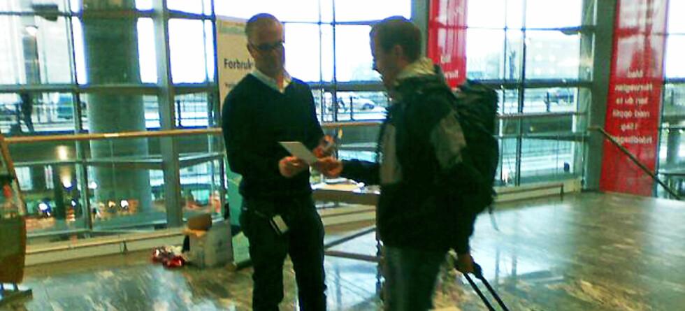 Forbrukerombudet er en av aktørene som aksjonerer på Gardermoen i dag. Foto: Lars Grøndal