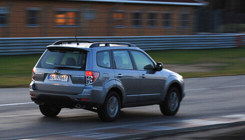 Store bilder av Subaru Forester 2.0D