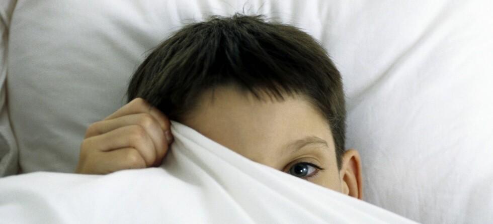 For lite søvn kan være med på å utløse nattlige skrekkanfall hos barn.  Foto: colourbox.com