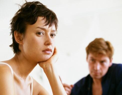 Stress rundt ønsket om å bli gravide, kan påvirke menstruasjonssyklusen hos kvinnen og føre til prestasjonsangst hos mannen. Foto: Colourbox