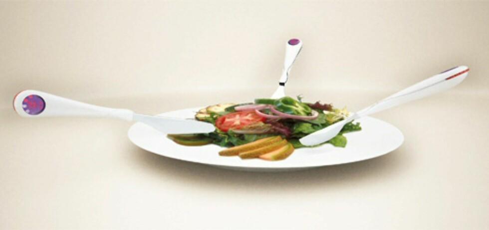 Bestikket registrerer hva du spiser, og skal være et verktøy for deg som ønsker å holde styr på hva du putter i munnen.  Foto: yankodesign.com