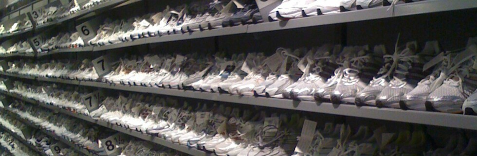 Adidas Factory Outlet har et enormt utvalg sko.