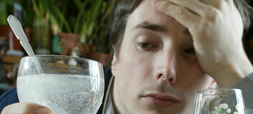 Hodepine er langt fra det verste du kan oppleve etter for mye alkohol - se de ville historiene nedenfor ... Foto: Colourbox